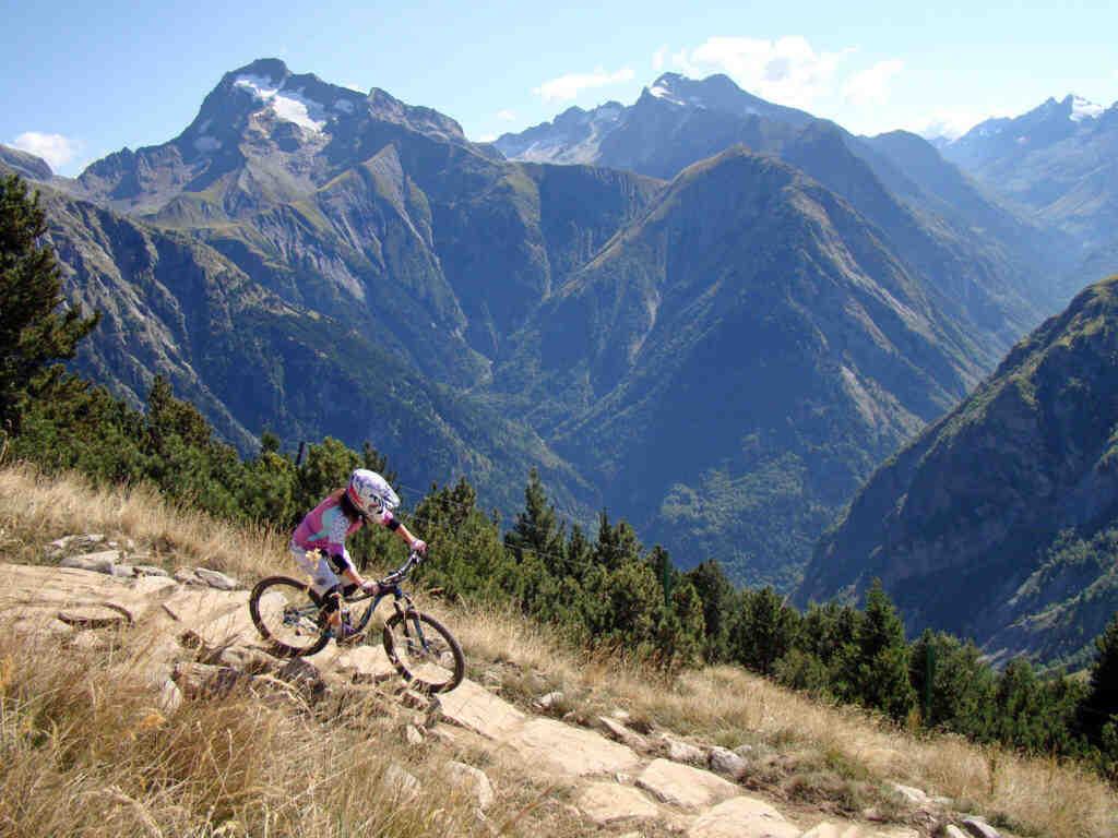 Où faire du VTT dans les Alpes ?