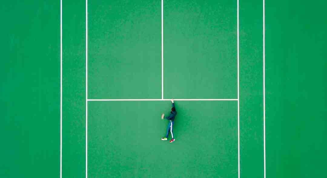 Pourquoi au tennis on compte les points par 15 30 40 ?