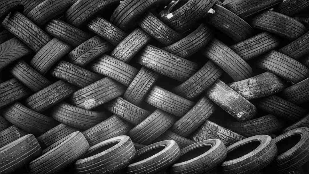 Comment réparer un pneu arrière de vélo ?