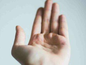 Comment  Faire l'équilibre sur les mains