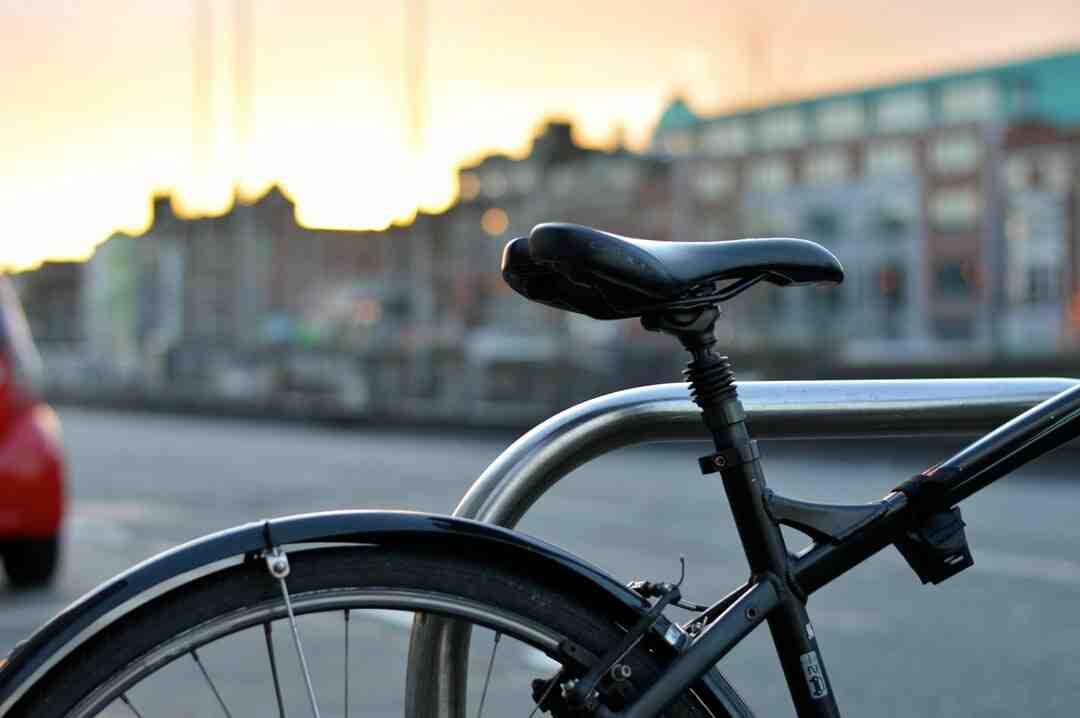 Pourquoi les roues de vélo se voile ?